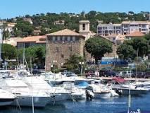 Mei vakantie vakantie trip. Gezellige Haven in st Maxime Frankrijk